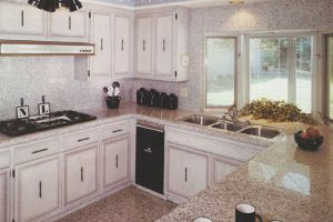 7_res_kitchen_14